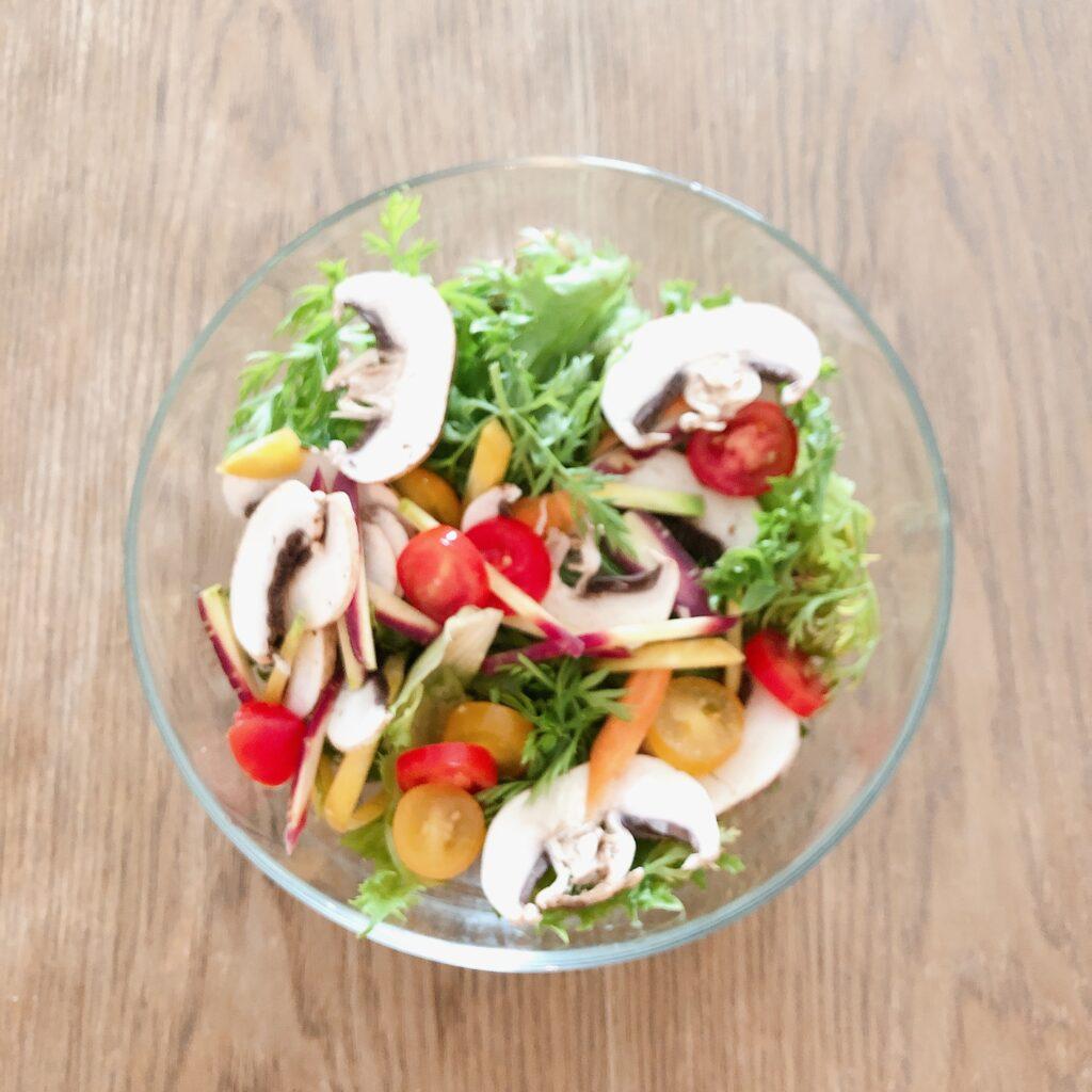 有機野菜で作ったサラダ
